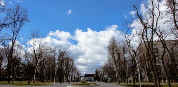 В днепровских парках установят тревожные кнопки: подробности