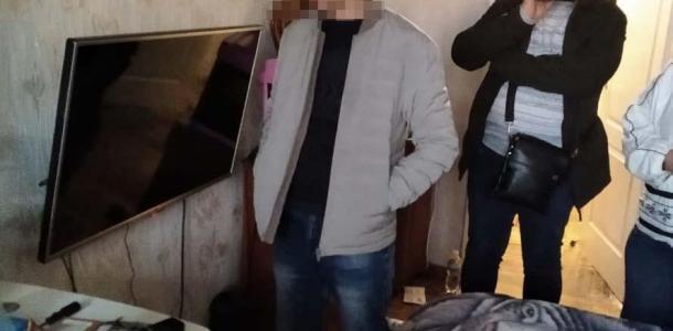 На Днепропетровщине полицейские задержали мужчин, которые распространяли детскую порнографию
