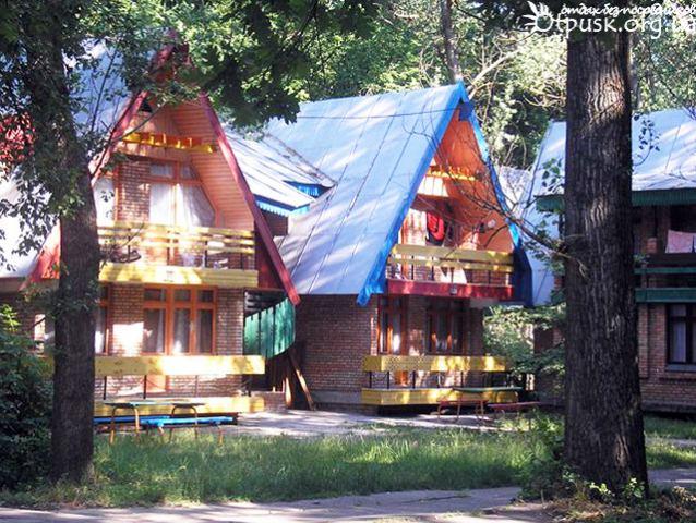 «Бюджетные майские»: самые дешевые турбазы Днепра. Новости Днепра