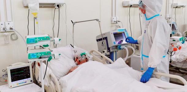 Температура — критическая: в Днепре спасают от COVID 12-летнего Богдана