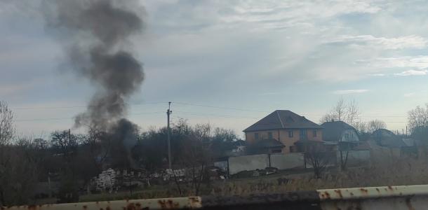 Пожар в Амур-Нижнеднепровском районе: горит машина