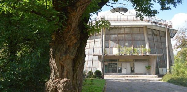В Ботаническом саду ДНУ началась вспышка коронавируса