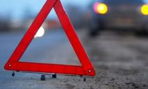Пьяный водитель в Днепре сбил старушку: у нее открытая травма головы