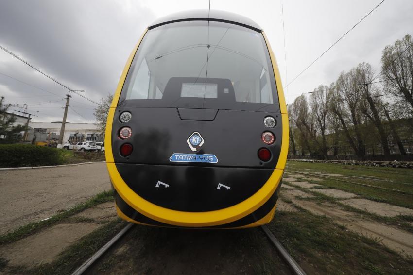 Новости Днепра про В Днепре тестируют новый украинский низкопольный трамвай