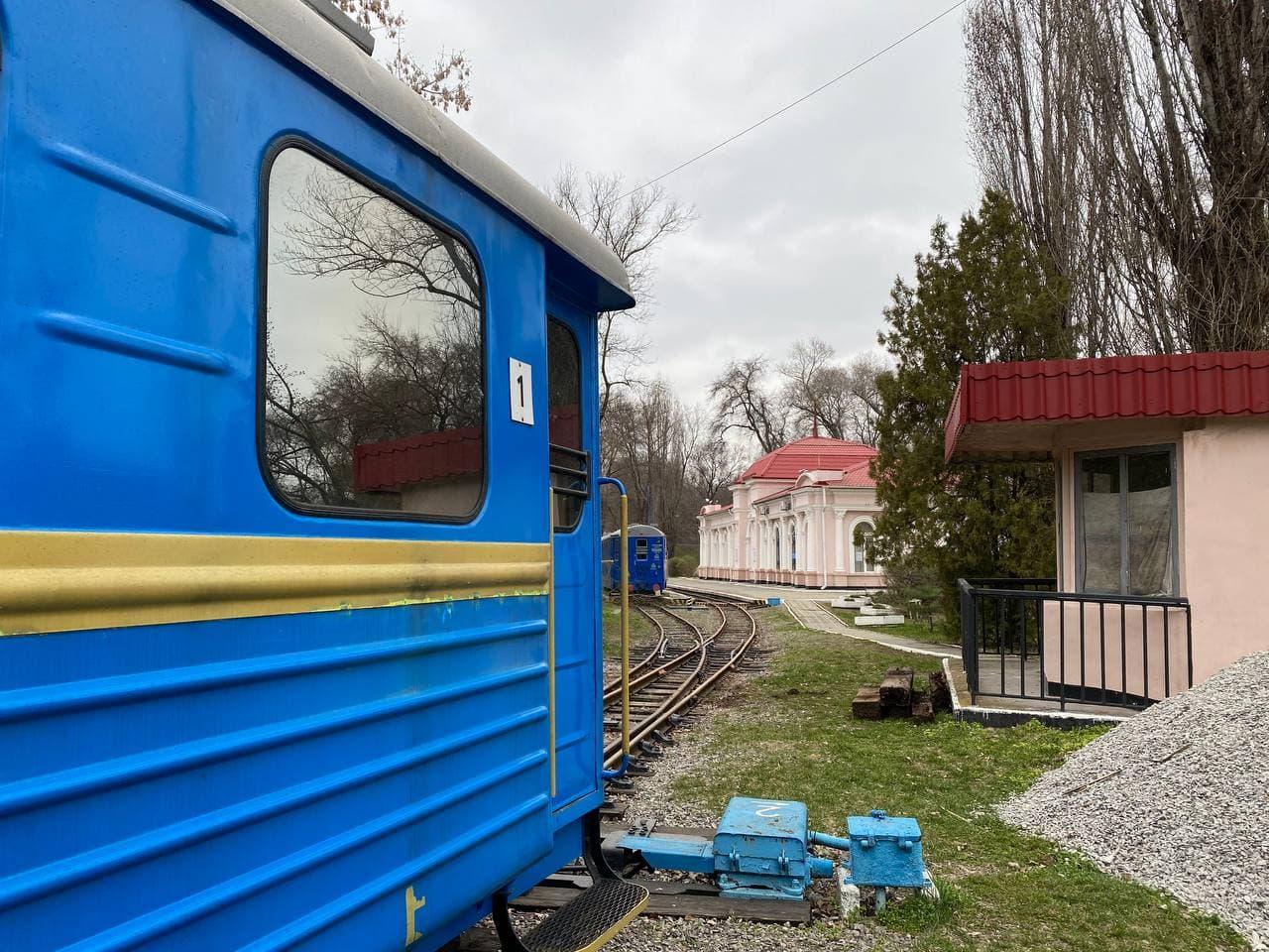 Детская железная дорога готовится к запуску: сколько будет стоить билет. Новости Днепра