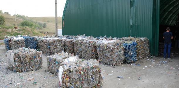 В Днепре собираются повысить тариф на вывоз мусора — причина