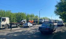 Неудачный обгон: в Днепре Mitsubishi на встречной влетело в Volvo