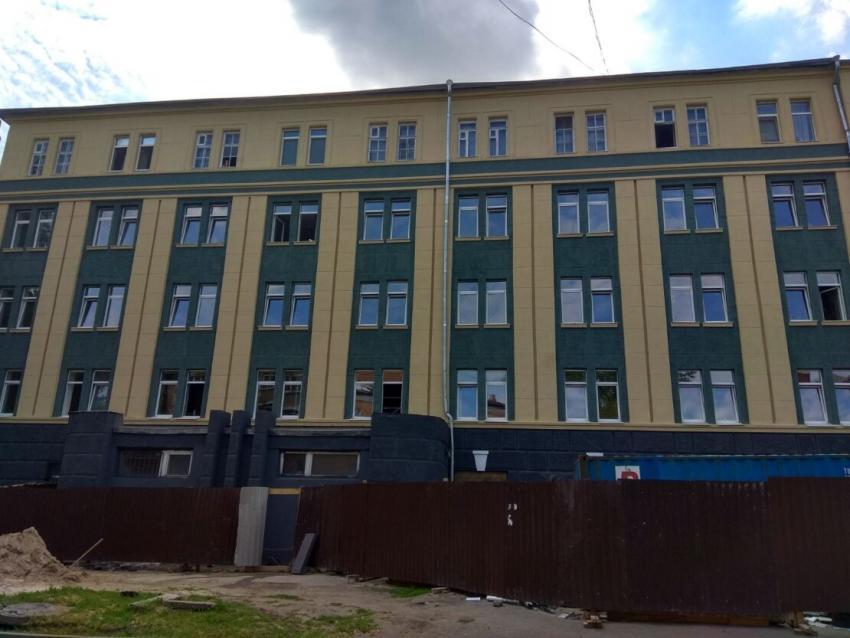 Новости Днепра про Библиотека на каждом этаже и солярий на крыше — как сейчас выглядит знаменитое общежитие