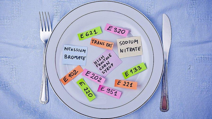 Новости Днепра про Не ешь меня: таблица самых опасных Е-добавок