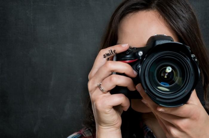 Новости Днепра про Сотрудницу полиции уволили за подработку фотографом