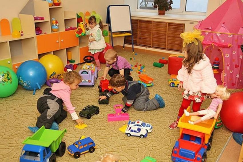 Новости Днепра про Украинцы требуют поставить камеры наблюдения в детских садиках