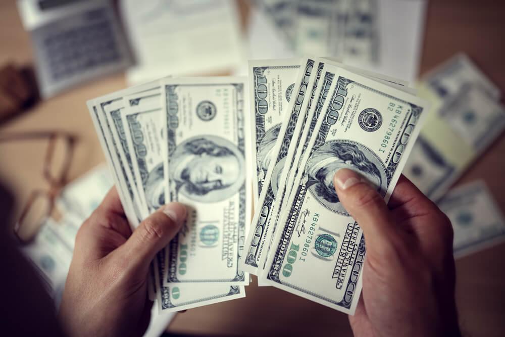 Новости Днепра про Доллар перестал дешеветь: курс валют НБУ на 4 июня
