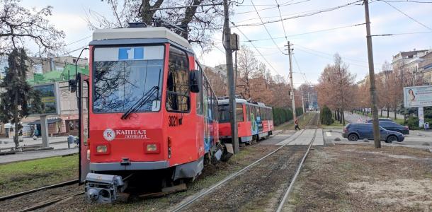 В Днепре сняли рельсы на перекрестке Яворницкого и Вернандского: как ходит 1-й трамвай