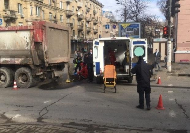Новости Днепра про В Днепре грузовик насмерть переехал мужчину, просившего милостыню: что решил суд
