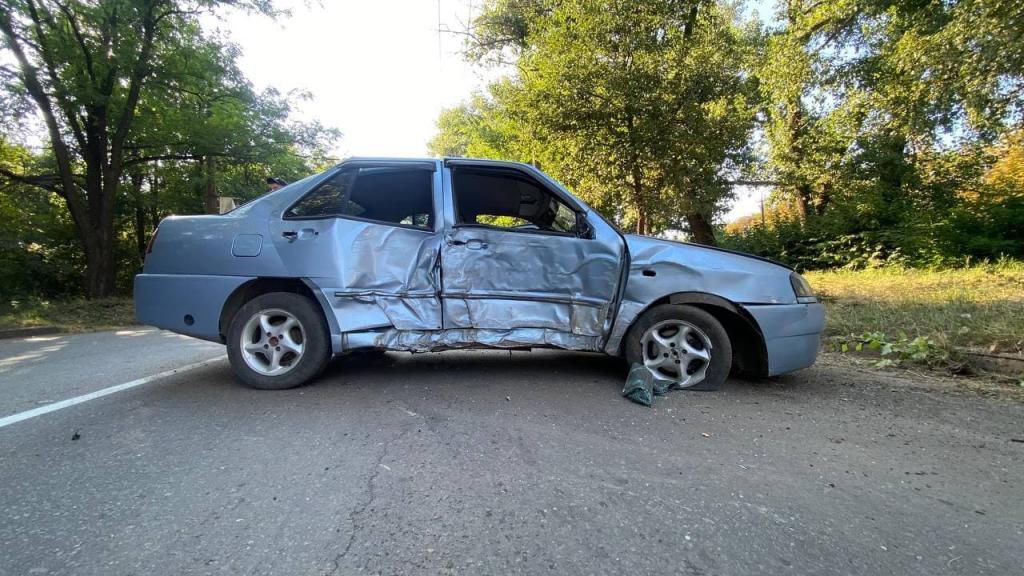 Новости Днепра про В Кривом Роге столкнулись две машины: пострадал ребенок