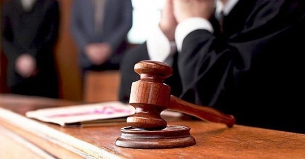 Новости Днепра про Мужчину, который удерживал на цепи ребенка, арестовали в зале суда