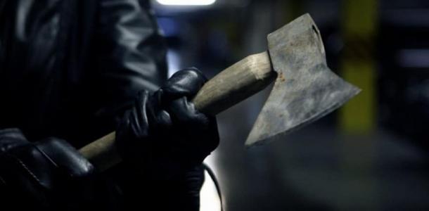 В Кривом Роге вандалы обезглавили скульптуру солдата