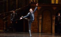 В это невозможно поверить: умер известный артист балета из Днепра Дмитрий Омельченко