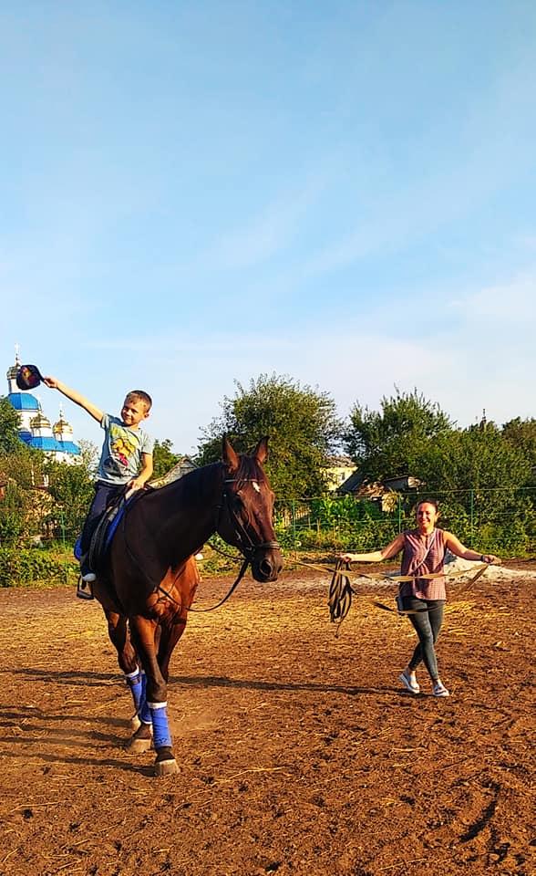 Новости Днепра про Отдадут коня в хорошие руки: на Орловщине закрывают спортивную школу