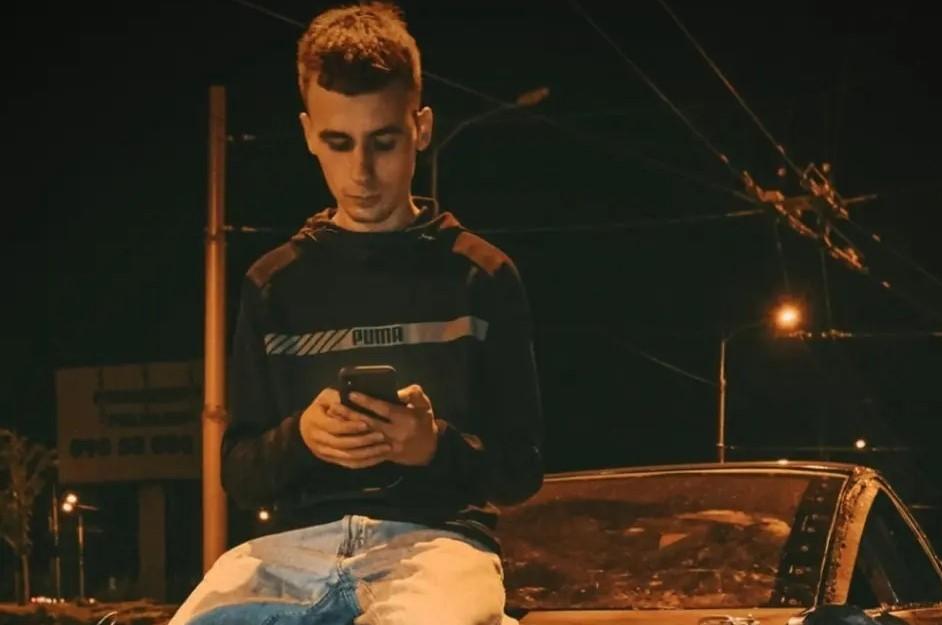 Новости Днепра про Ему всего 20: в Днепре спасают парня, пострадавшего в ДТП на Гагарина