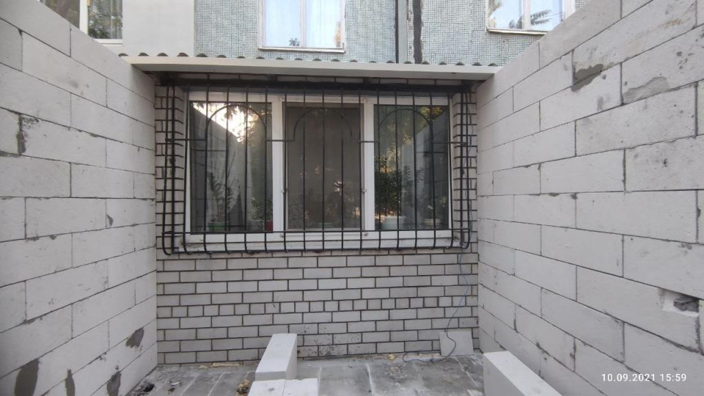 Новости Днепра про Наглость - второе счастье: днепрянин пристроил к балкону еще одну комнату