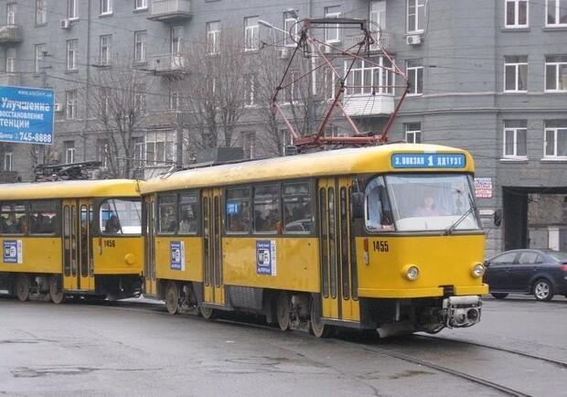 Новости Днепра про Завтра общественный транспорт изменит свой маршрут движения