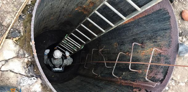 В Кривом Роге спасатели достали тела погибших сотрудников «Крибассводоканала»