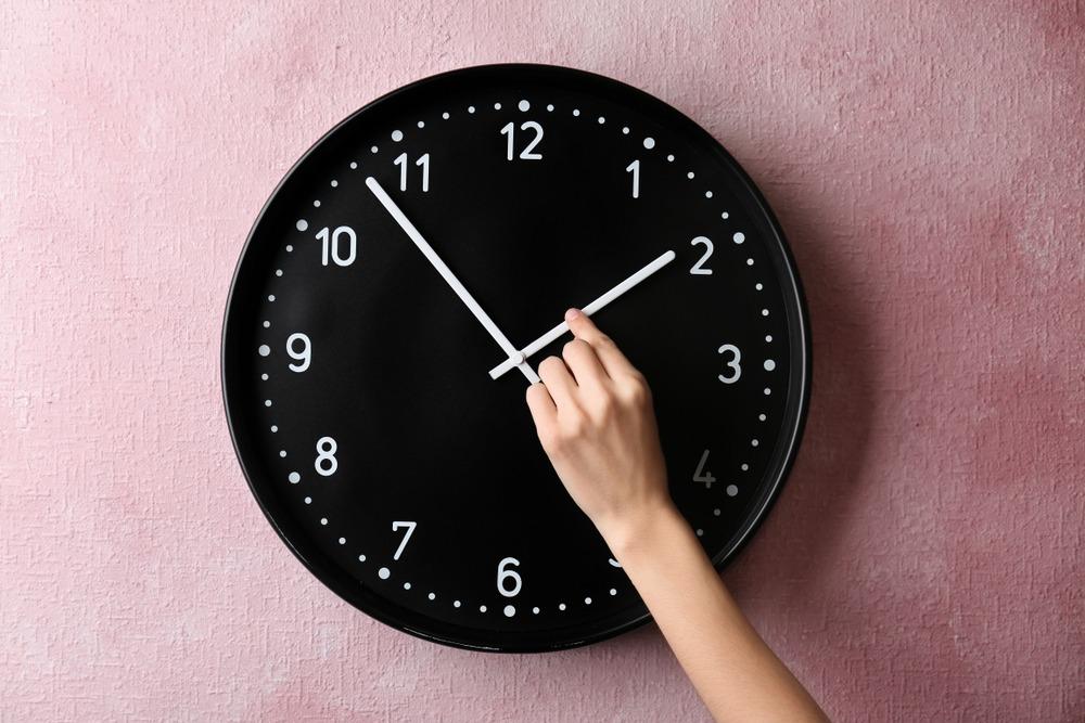 Новости Днепра про Когда переводят часы на зимнее время в Украине