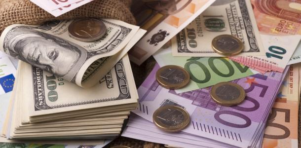 Доллар и евро подорожали: курс валют на 27 сентября