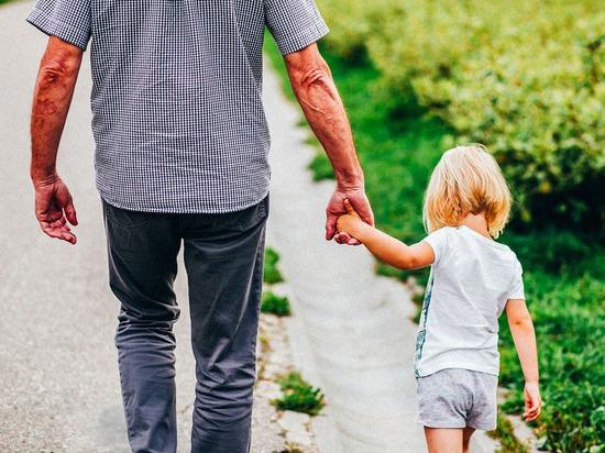 Новости Днепра про Будьте осторожны: в Днепре на Калиновой неизвестный увязался за ребенком и провел его прямо до дома