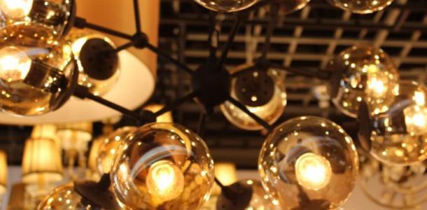 Зарядите гаджеты: кому в Днепре в понедельник отключат свет