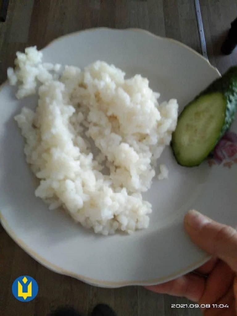 Новости Днепра про Не еда, а издевательство: в Каменском разразился скандал из-за школьных обедов