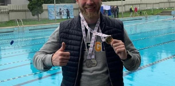 В Днепре умер известный тренер по плаванию, переплывший Босфор
