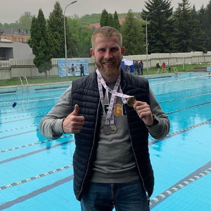 Новости Днепра про В Днепре умер известный тренер по плаванию, переплывший Босфор