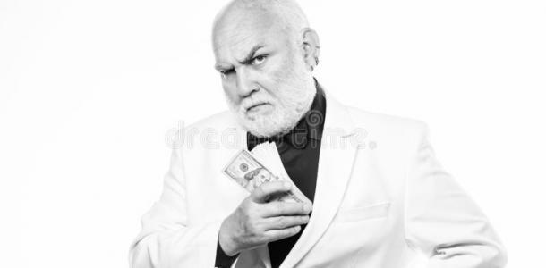Двое мужчин обокрали днепровского пенсионера на полмиллиона гривен