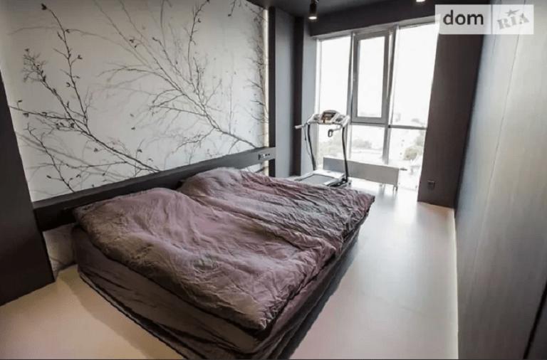 Новости Днепра про Мореный дуб и кладовая: как выглядит однокомнатная квартира за 8 миллионов гривен в Днепре (ФОТО)