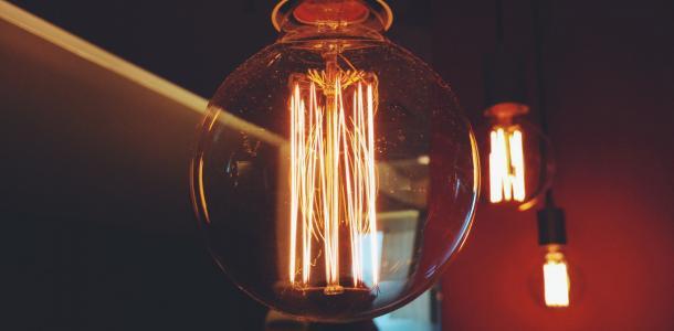 Пятница без света: кому в Днепре сегодня отключат электричество