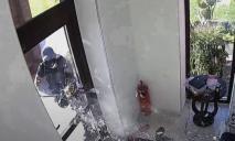 Ошибочка вышла: как в Днепре спецназовцы взяли штурмом дом не того человека