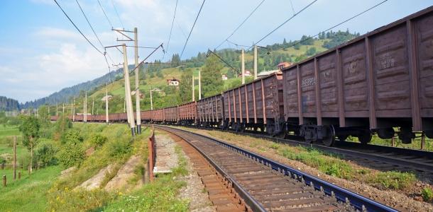 УЗ начинает масштабное обновление парка грузовых вагонов по программе «Большая стройка»