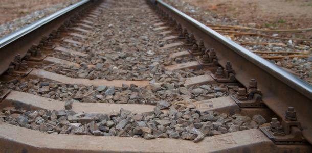 Обезглавленный труп: в Кривом Роге молодому парню поезд отсек голову