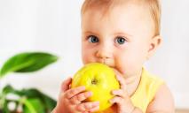 Запасайтесь витаминами: в Украине подешевели фрукты