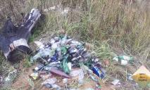 С палками и пистолетами: сборщики мусора напали на прохожего в Днепре