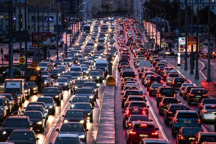 Новости Днепра про Улицы Днепра стоят: учитывая пробки, планируйте маршрут