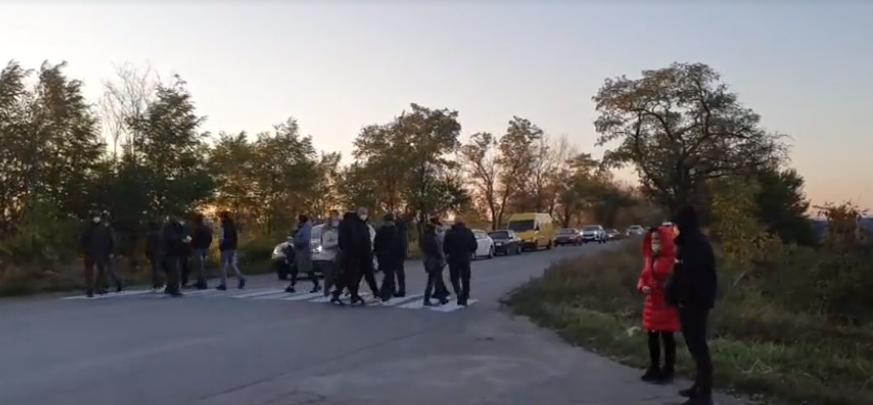 Новости Днепра про В Кривом Роге жители перекрыли трассу из-за постоянного отключения электричества