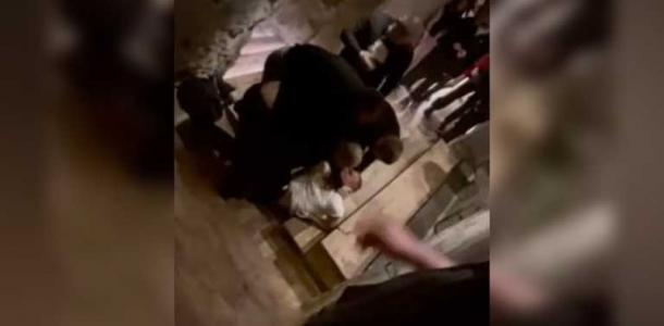Охранники жестоко избили посетителя в Днепре: люди наблюдали и снимали видео