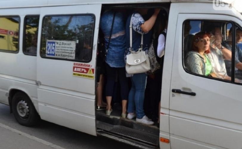 Новости Днепра про Маршрутки подорожают: Под Днепром перевозчики угрожают бойкотом