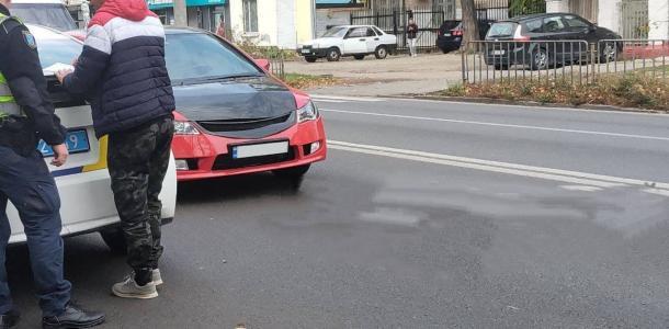 В Днепре на улице Титова иномарка наехала на мальчика