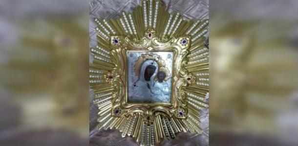 В Днепре из-за «красной» карантинной зоны верующие не смогут увидеть чудотворную икону