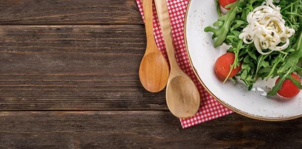 Такие разные салаты: ТОП-5 необычных заправок