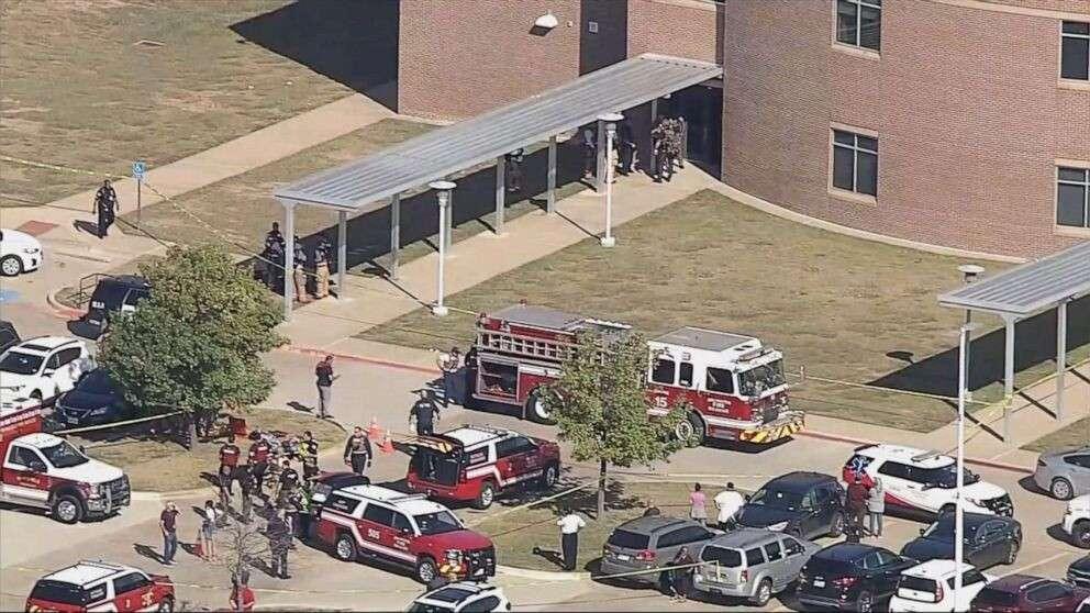 Новости Днепра про В США ученик устроил стрельбу: ранены дети и сотрудник школы